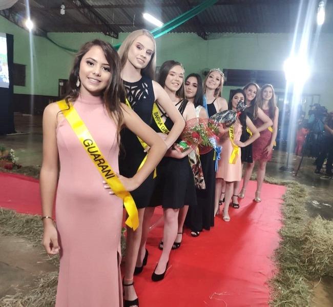 As oito candidatas do concurso